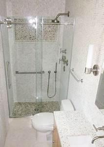 Douche Petit Espace : petite salle de bain 12 id es d 39 am nagement bricobistro ~ Voncanada.com Idées de Décoration