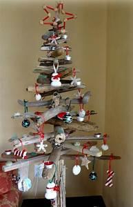 Weihnachtsbaum Selber Basteln : basteln sie mit treibholz einen originelle weihnachtsbaum ~ Lizthompson.info Haus und Dekorationen