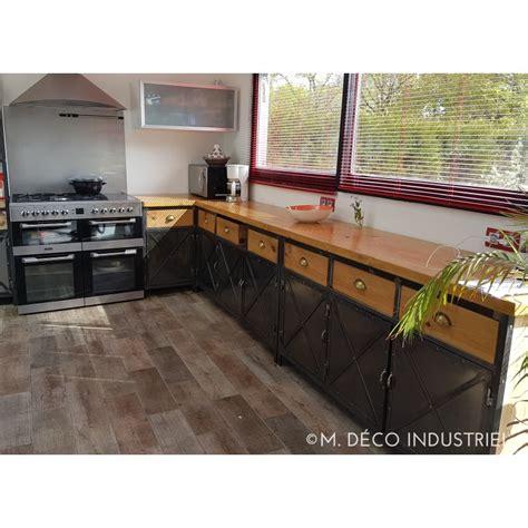 cuisine style atelier industriel cuisine de style industriel acier et bois massif m déco industriel