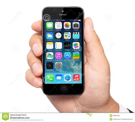 iphone operating system new operating system ios 7 screen on iphone 5 apple