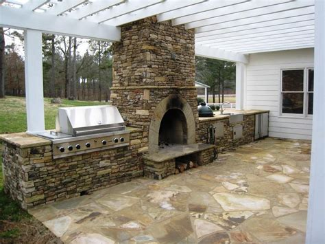 Tuscan Kitchen Decor Ideas - how to design outdoor kitchen with pizza oven to make it more interesting and harmony