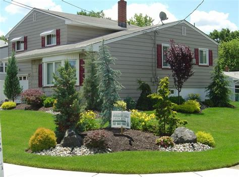 corner lawn landscaping 1000 ideas about corner landscaping on pinterest shade landscaping front landscaping ideas