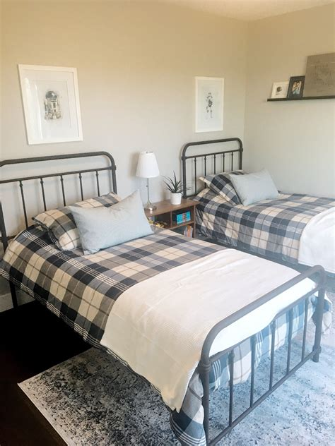 matching twin beds  vintage inspired rug valley birch