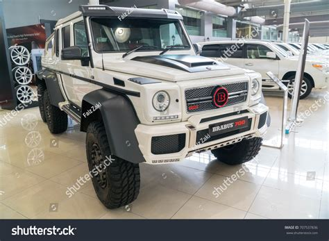 With 577 handcrafted horses, the amg g 63 is a legend raised to a higher power for a new era. 20 Wall Decor Ideas to Refresh Your Space | Architectural: 2020 Mercedes Benz G63 Amg Brabus 700 6x6