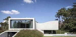 Maison Semi Enterrée : vaste maison semi enterr e avec une magnifique piscine en ~ Voncanada.com Idées de Décoration