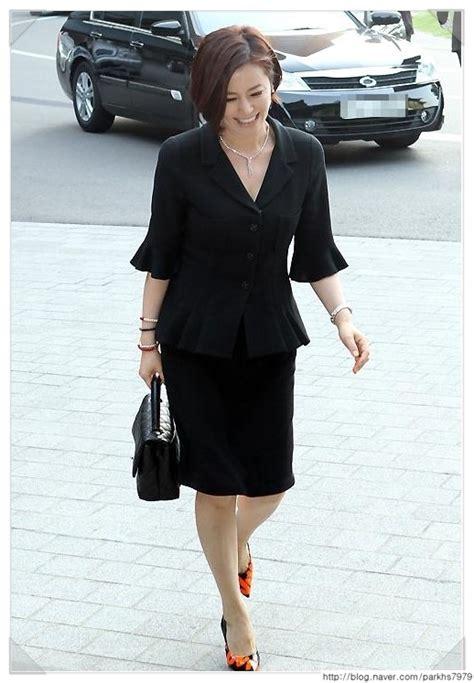 아줌마의 예쁜 옷은 원피스나 정장이 많은데 특히 40대50대60대