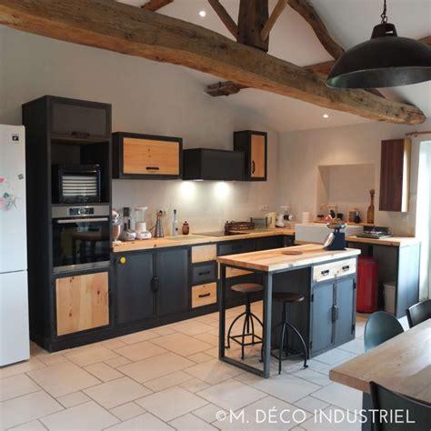 meuble de cuisine industriel îlot centrale de cuisine style industriel tôle bleuté et