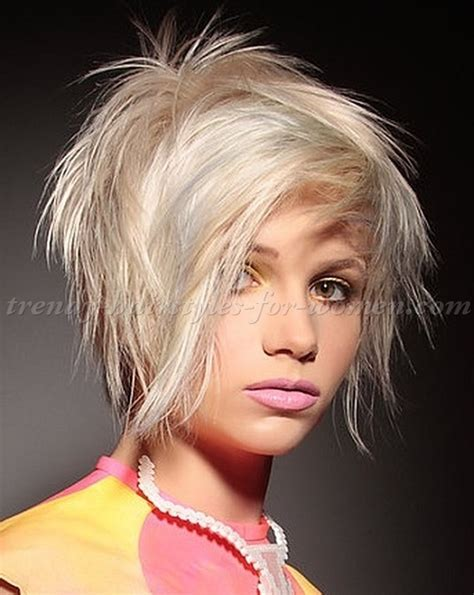 short hairstyles   short hairstyle for fine hair   trendy