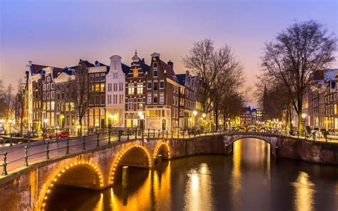 location amsterdam city centre south