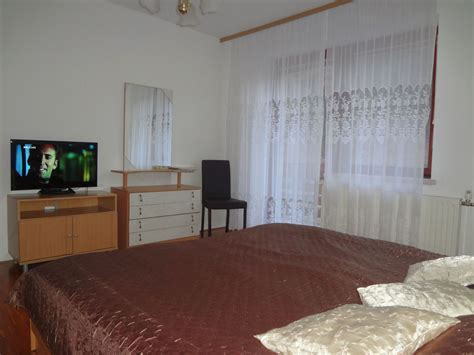 tv in the bedroom a brand new 32 inch sony bravia led tv in the