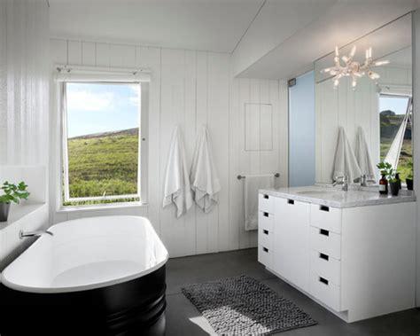 bathroom   budget stock tank bathtubs  interiors