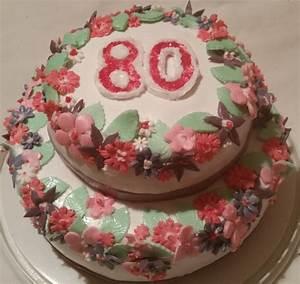 Kuchen Dekorieren Geburtstag : torte mit blumen zum 80 ten geburtstag kuchen torten pinterest cake ~ Pilothousefishingboats.com Haus und Dekorationen