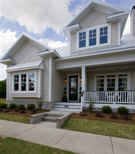 piper model home autumn traditional exterior