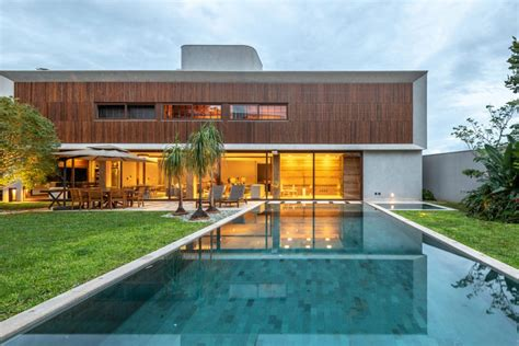 luxury house  green spaces designed  host house guests