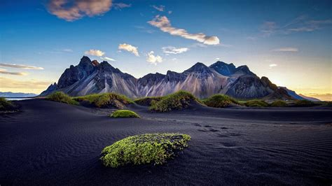 Vestrahorn Mountains Iceland Hd Wallpaper Backiee