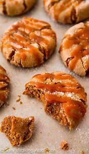 Gingerbread Cupcakes. - Sallys Baking Addiction