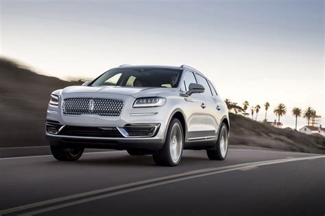 Lincoln Mkx 2019 by 2019 Lincoln Nautilus Debuts Way Cooler Than