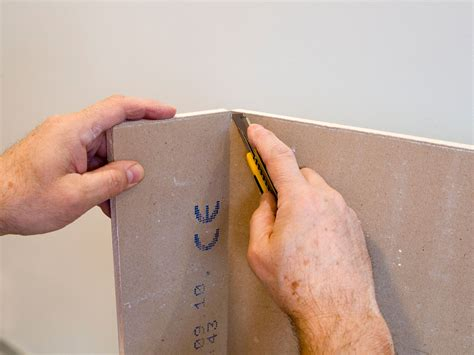 How To Cut Drywall 7 Steps (with Pictures) Wikihow
