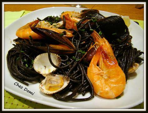spaghetti 224 l encre de seiche et aux fruits de mer domi