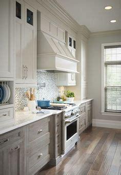 classic kitchen backsplash room gallery medallion cabinetry castle rock bathroom 2221