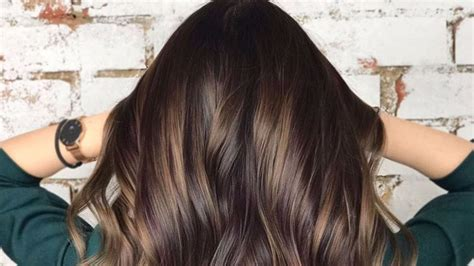 hair color trends  brunettes thatll   absolutely brilliant southern living