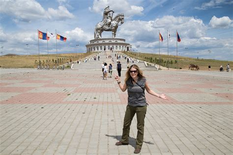 """If you come to Mongolia you'll really like the country ..."