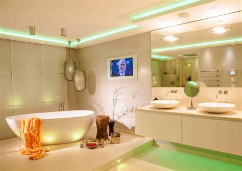 Bade Zimmer. File Wikimedia Commons. Modernes Badezimmer Vorhang Windfang Pirat Afrika Schräge Günstig Stahlseil Kinderzimmer Store