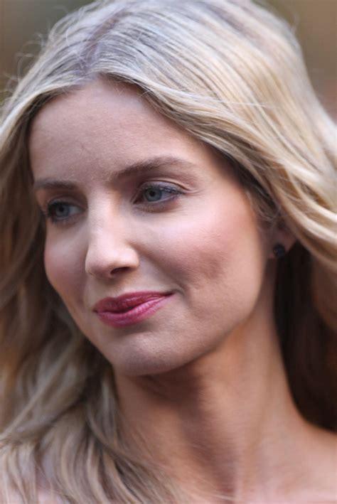 Annabelle Wallis Wikipedia