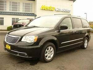 Chrysler Town And Country Low Fuel Light 2012 Chrysler Town Country Van Passenger For Sale In
