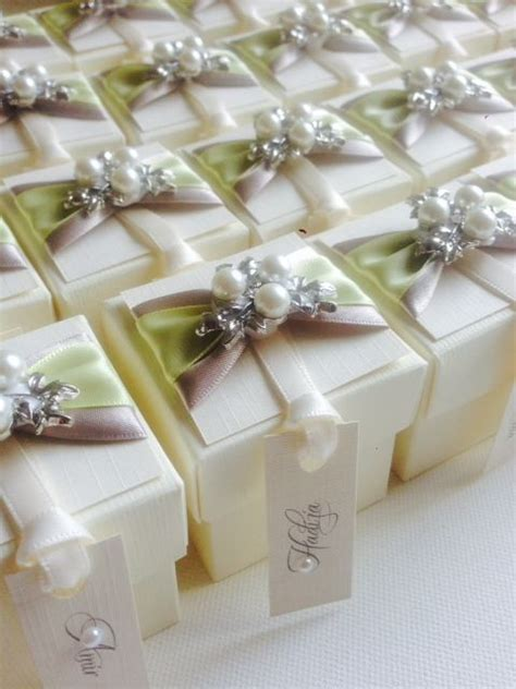 personalised favour boxes images  pinterest