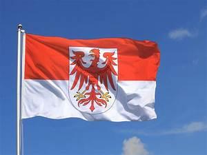 Deutschland Flagge Bilder : deutschland brandenburg flagge brandenburgische fahne 150x250 cm unkompliziert im shop bestellen ~ Markanthonyermac.com Haus und Dekorationen