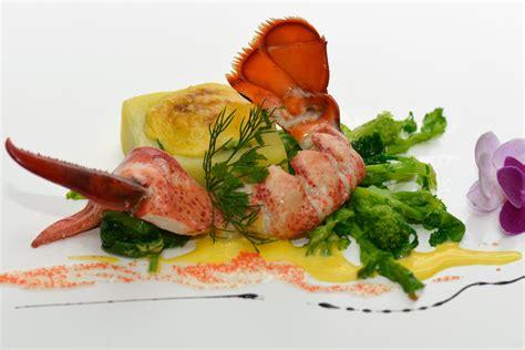 cuisiner homard vivant recettes gourmandes detail cuisiner à table
