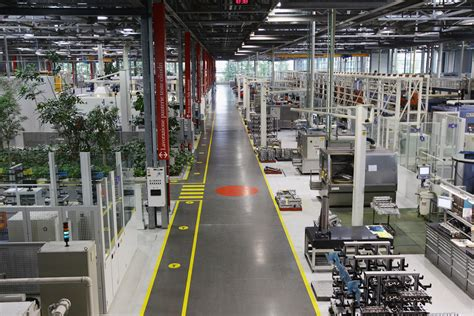 ferrari factory ferrari factory tour zimbio