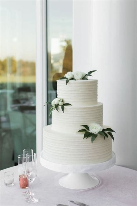 amazing white  green elegant wedding cakes