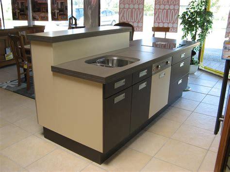 cuisine 12m2 ilot central plan cuisine avec ilot central bar cuisine en image