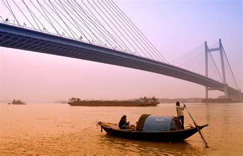 Boat Ride On Ganges In Kolkata best things to do in kolkata during winter quirkybyte