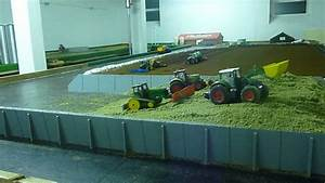 Siku Ferngesteuerter Traktor : siku control silo fahren mit john deere youtube ~ Jslefanu.com Haus und Dekorationen