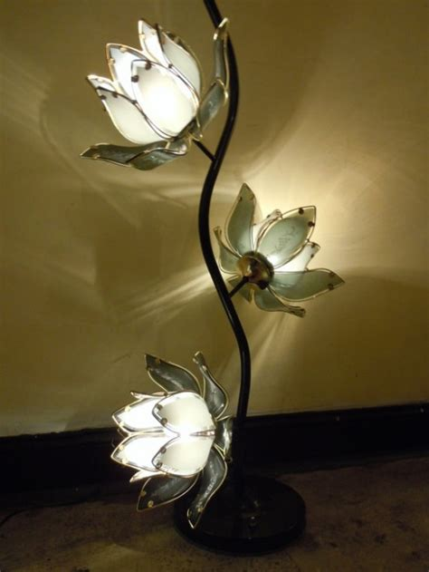 Touch Of Nature In Decor: 25 Flower And Plant Inspired ...