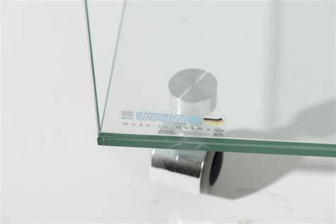 cube en verre sur roulettes bout de canapé line glass