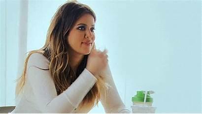Kardashian Khloe End Gifs Khloekardashian Finger Explained