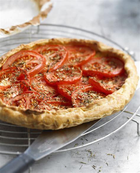 recette de cuisine legere tarte l 233 g 232 re thon et tomates recettes 224 table