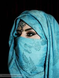 Arabian Style Hijab and How To Wear it HijabiWorld
