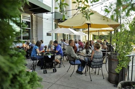 15 great places to eat outside in huntsville al
