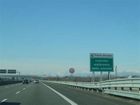 Autobahn Tempolimit Nach Auffahrt by Mit Dem Auto In Italien Unterwegs Alles Wissenswerte