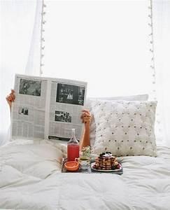 Petit Dejeuner Au Lit : petit d jeuner au lit f te des m res pancakes on r ve toutes d un petit d jeuner au lit ~ Melissatoandfro.com Idées de Décoration