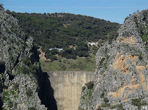 Resultado de imagen de imagenes de la presa de montejaque