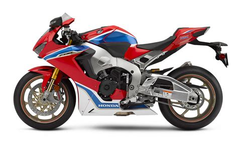 2019 Honda 1000rr by 2019 Honda Cbr1000rr Will Run A V4 Engine Bikesrepublic