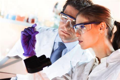 takes    medical lab
