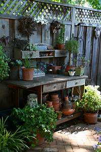 10 garden ideas for small spaces ward log homes for Gardening ideas for small spaces