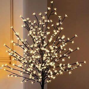 Weihnachtsbeleuchtung Außen Baum : lichterbaum 180 cm 352 led warm wei au en kirschbl ten sakura baum lichterkette ebay ~ Orissabook.com Haus und Dekorationen